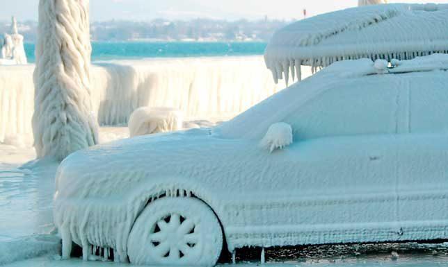 Auto congelata
