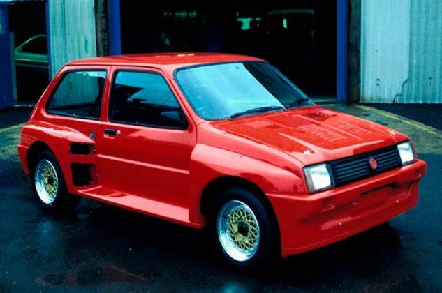 MG Metro 6R4 rossa