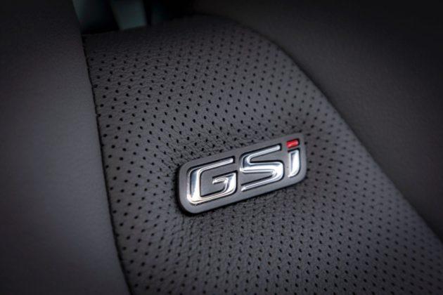 Opel Insignia GSi dettaglio interno