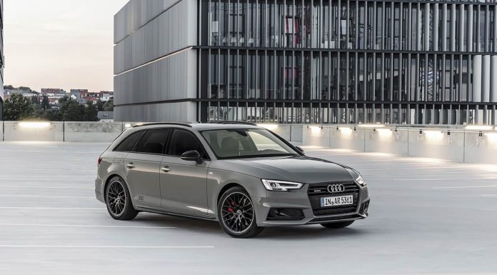 Audi A4 Black 2018 3/4 laterale anteriore destra statica