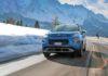 Citroen C3 Aircross frontale in movimento su strada di montagna