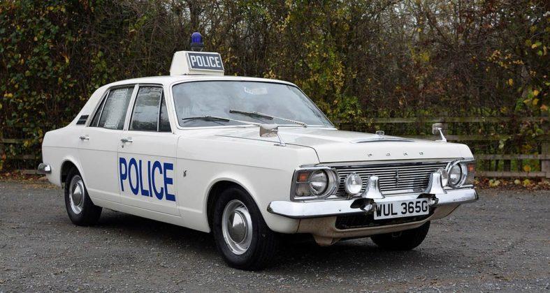 La speciale Ford Zephyr destinata ai corpi di polizia Inglese