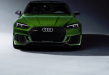 Audi RS 5 Sportback verde frontale statica