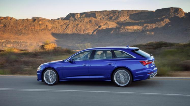 Nuova Audi A6 Avant òaterale in movimento su strada
