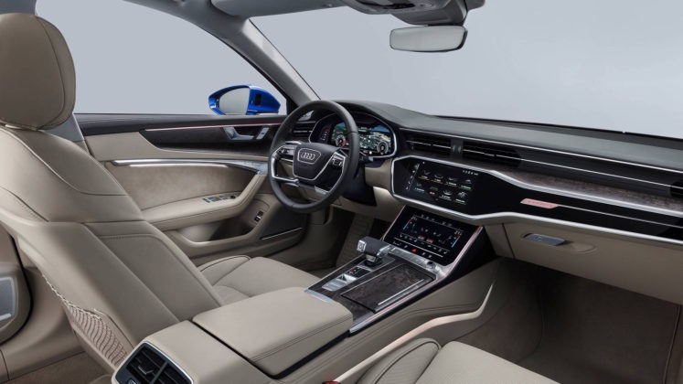 Nuova Audi A6 Avant interni sedili anteriori