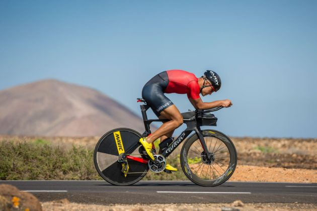 Wilier turbine 2018 laterale in movimento in ambientazione