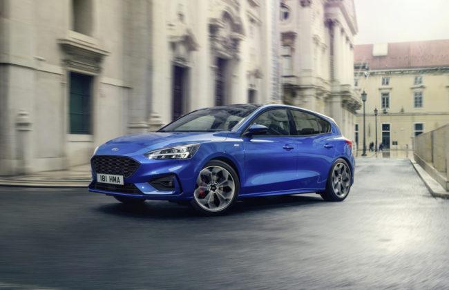 nuova ford focus blu citta
