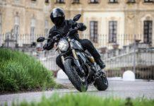 Ducati Scrambler 1100 curva
