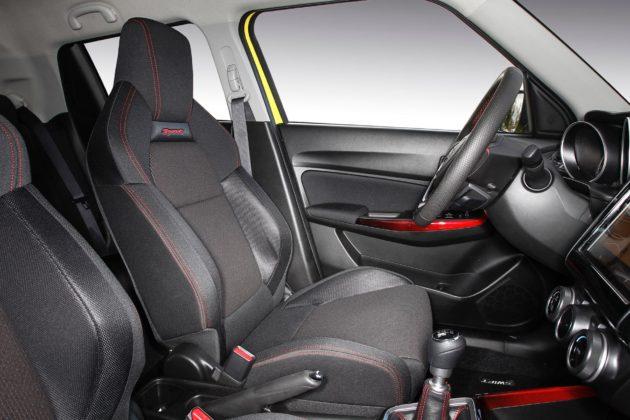Suzuki Swift Sport con sedili sportivi riscaldabili
