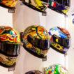 """Mostra """"I colori del Motomondiale"""" tuta e caschi Valentino Rossi VR46"""