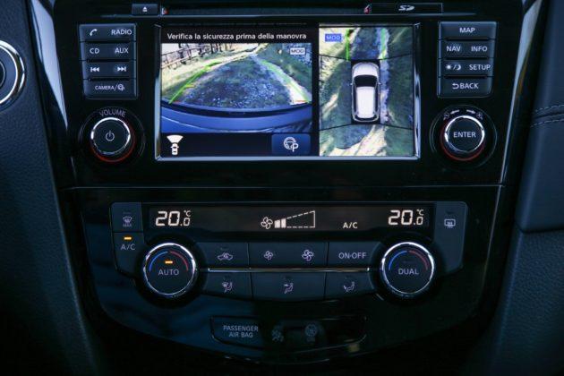 Volkswagen Golf Alltrack dettaglio schermo centrale