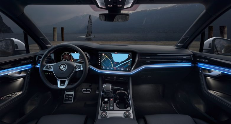Volkswagen Touareg 2018 con Innovision Cockpit