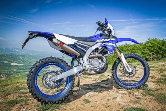 Yamaha WR250F laterale destra statico