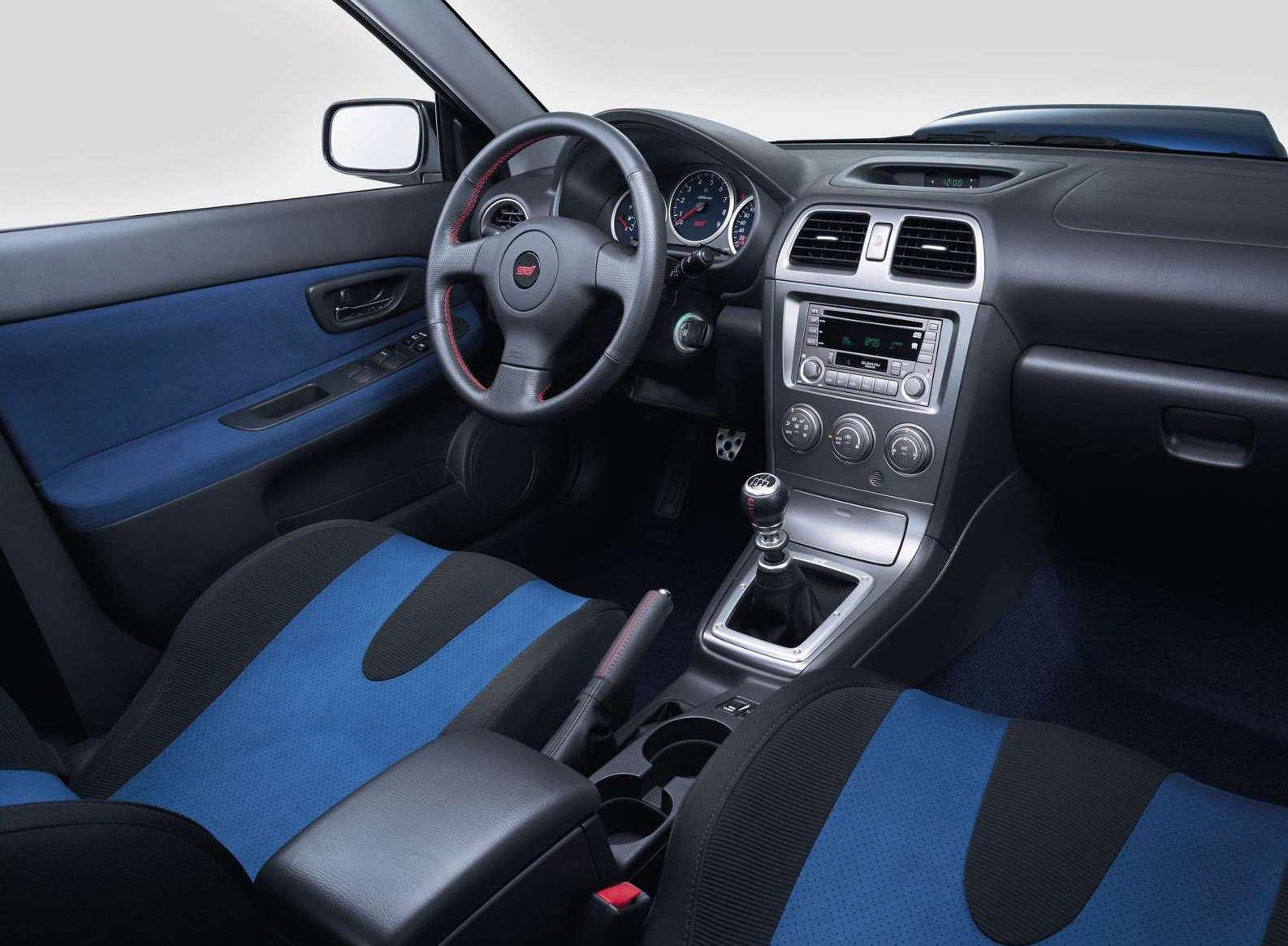 Subaru Impreza dettaglio visione del cruscotto dal passeggero