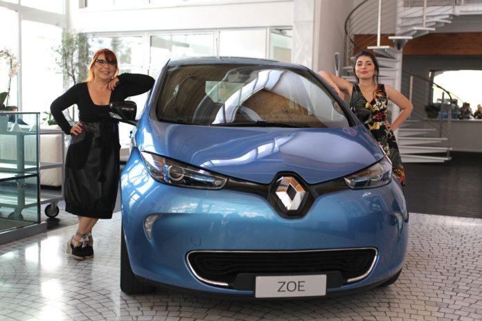 Renault Zoe frontale in concessionario