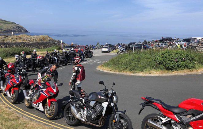 Tourist Trophy 2018 moto accampamenti