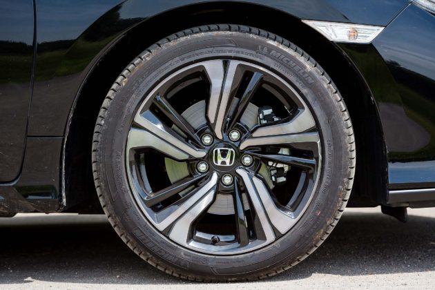 Honda Civic 1.5 Turbo VTEC Prestige CVT - cerchio
