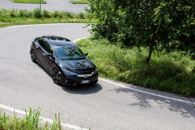 Honda Civic 1.5 Turbo VTEC Prestige CVT - 3/4 anteriore