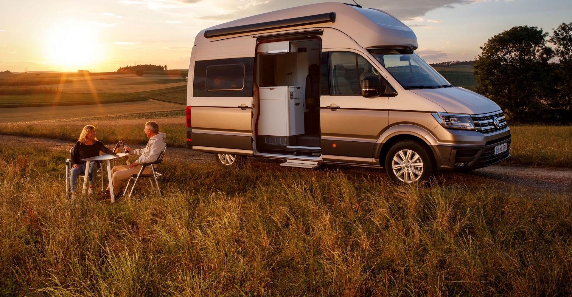volkswagen grand california perch la vita un viaggio. Black Bedroom Furniture Sets. Home Design Ideas