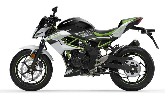 Kawasaki Z 125 2019 Nero e verde laterale