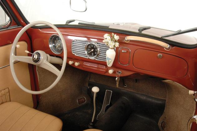 Volkswagen Maggiolino 1960, interni