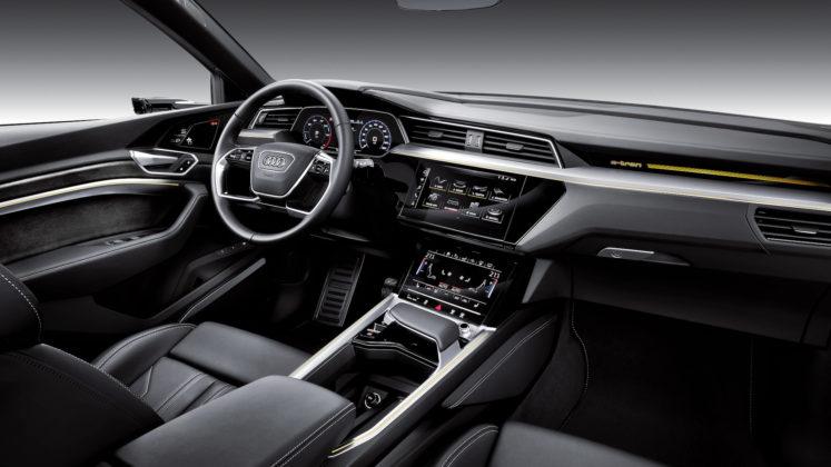 Audi e-tron plancia