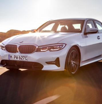 nuova BMW 330e 3/4 anteriore